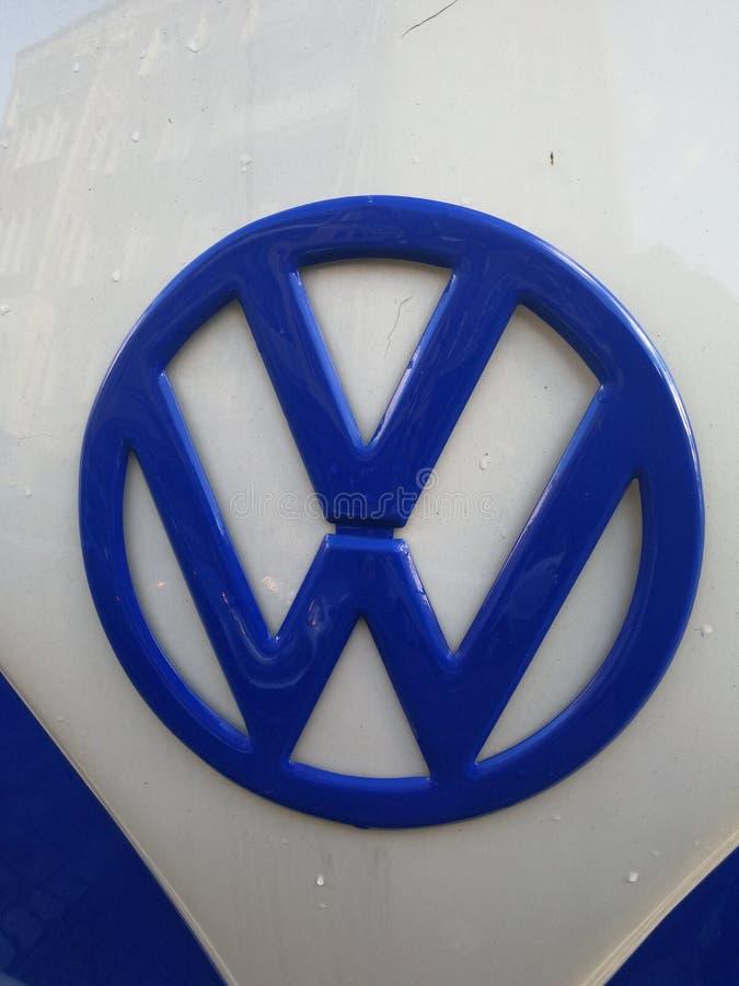 Volkswagen Bila Företag emblem royaltyfria bilder