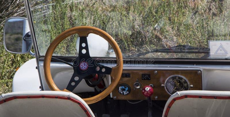 Volkswagen-Dünen-Buggy Auto der Weinlese nicht für den Straßenverkehr lizenzfreie stockfotos
