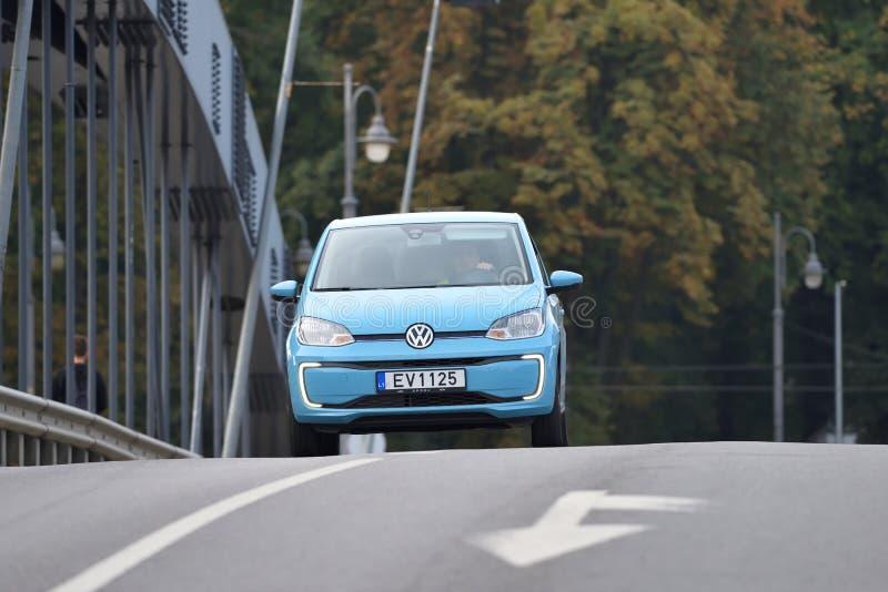 Volkswagen gnistaelbil royaltyfria foton