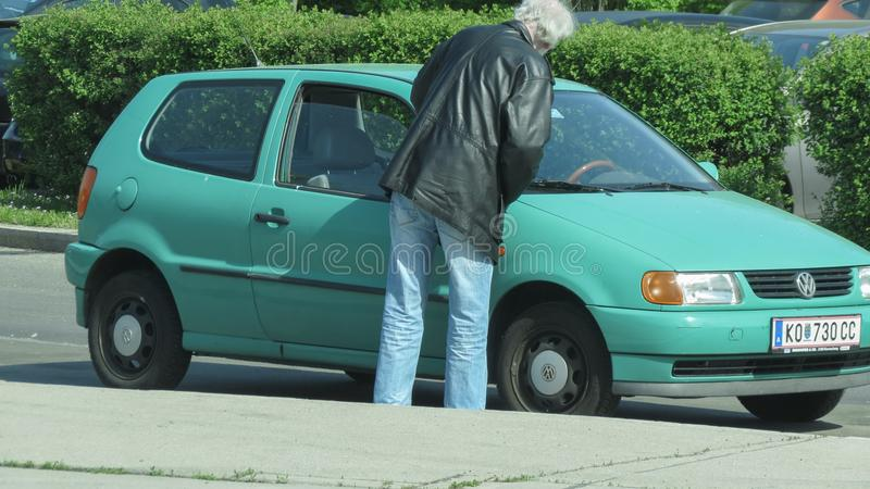 Volkswagen Golf vert clair photo libre de droits