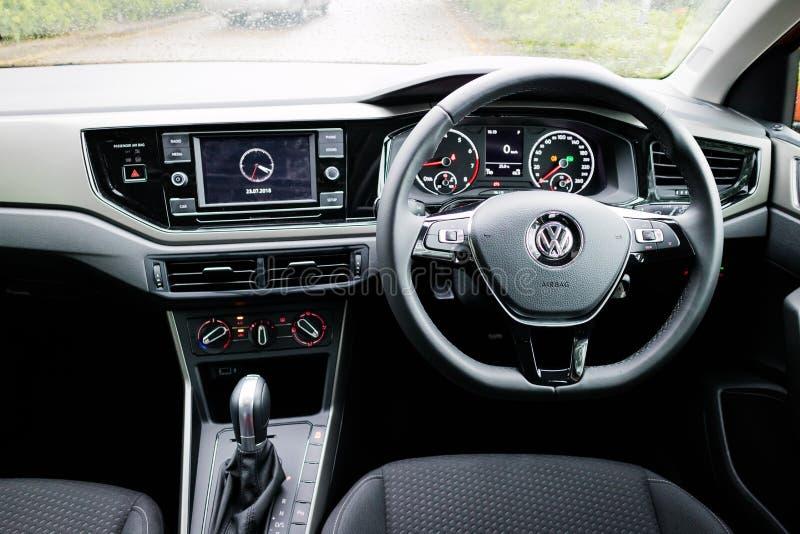 Volkswagen Polo 2018 Innen lizenzfreie stockbilder