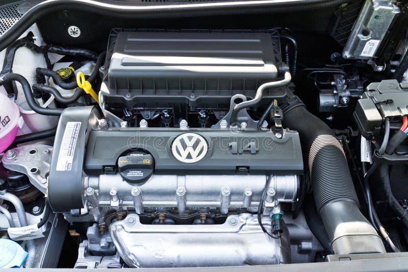 Volkswagen Polo motor 2014 arkivfoton