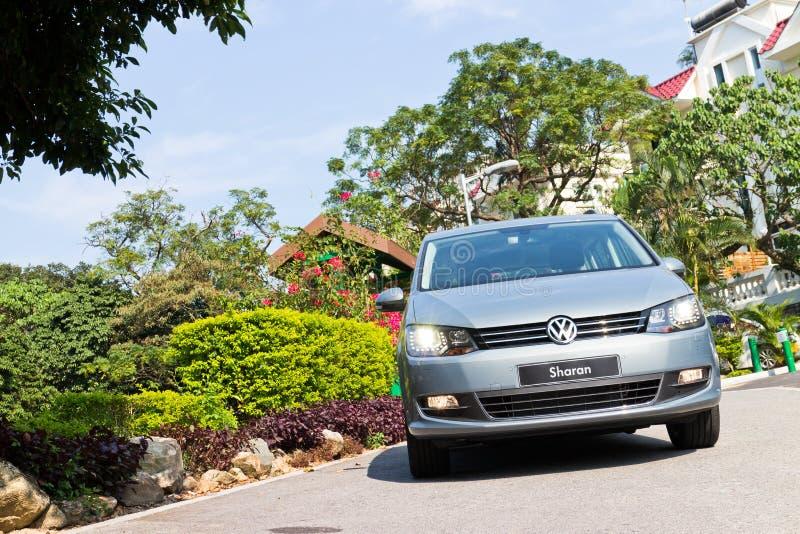 Volkswagen Sharan 2013 MPV fotografía de archivo libre de regalías