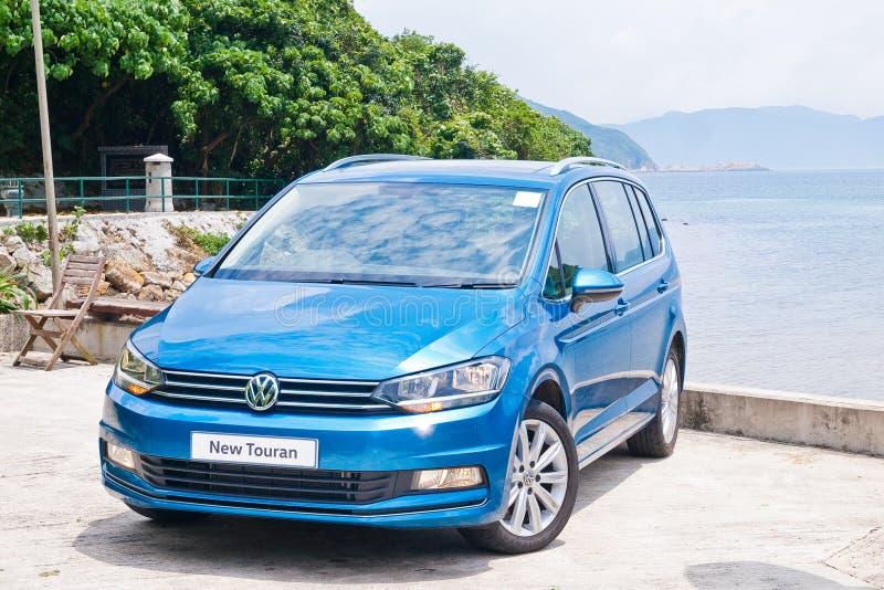 Volkswagen Touran 2016 στοκ φωτογραφία με δικαίωμα ελεύθερης χρήσης
