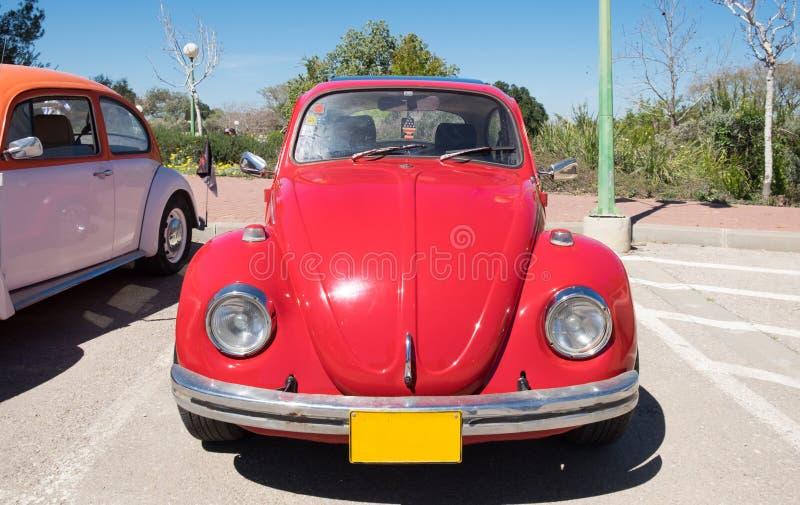 Volkswagen-wordt voorgesteld toont de kever uitstekende die auto op oldtimerauto, Israël royalty-vrije stock foto's