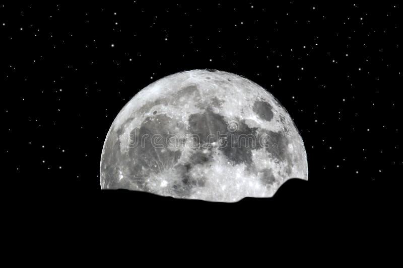 Volle maan die over de horizonsterren toenemen royalty-vrije stock afbeeldingen