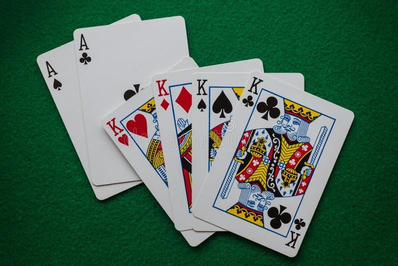 Volledige de kaarthand van de huispook stock afbeelding