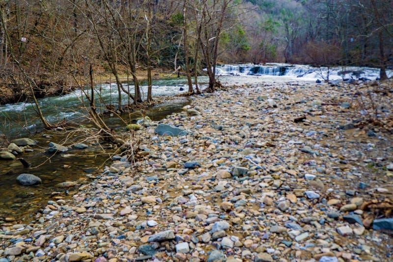 Volledige - mening van Jennings Creek Waterfalls - 2 royalty-vrije stock foto