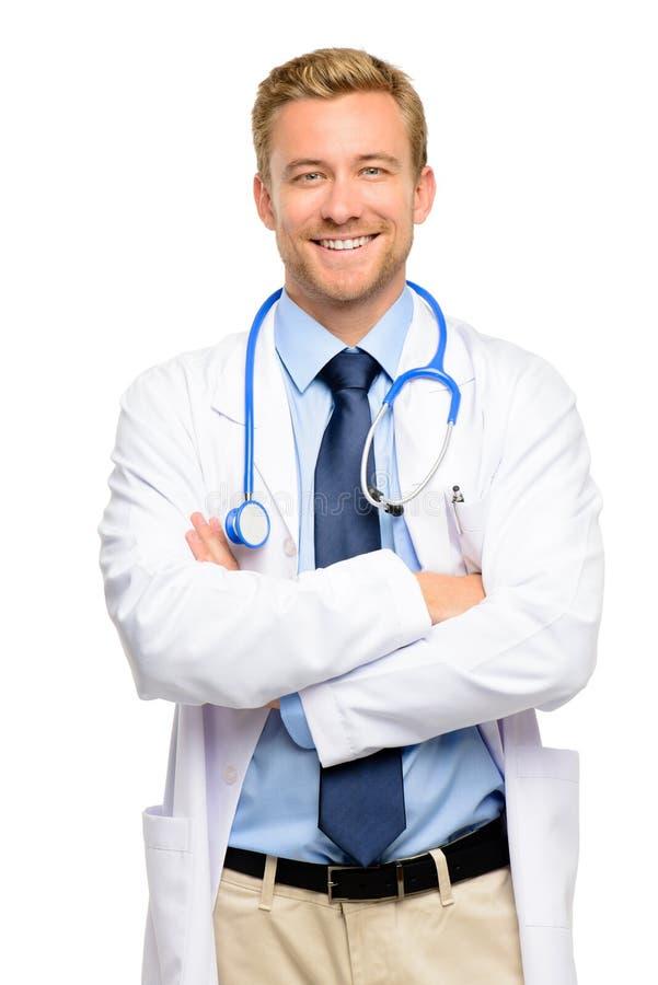 In voller Länge von überzeugtem jungem Doktor auf weißem Hintergrund lizenzfreie stockfotografie