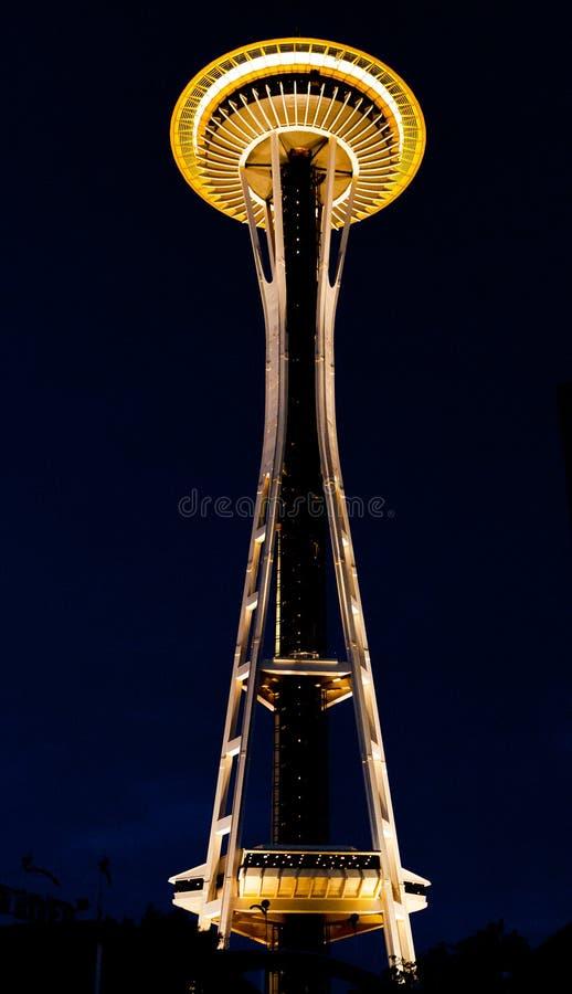 In voller Länge von der Seattle-Raum-Nadel stockbild