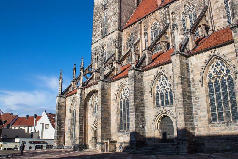 Voller Tag Heilig-Andreas-Kirche Hildesheims Deutschland stockfotos