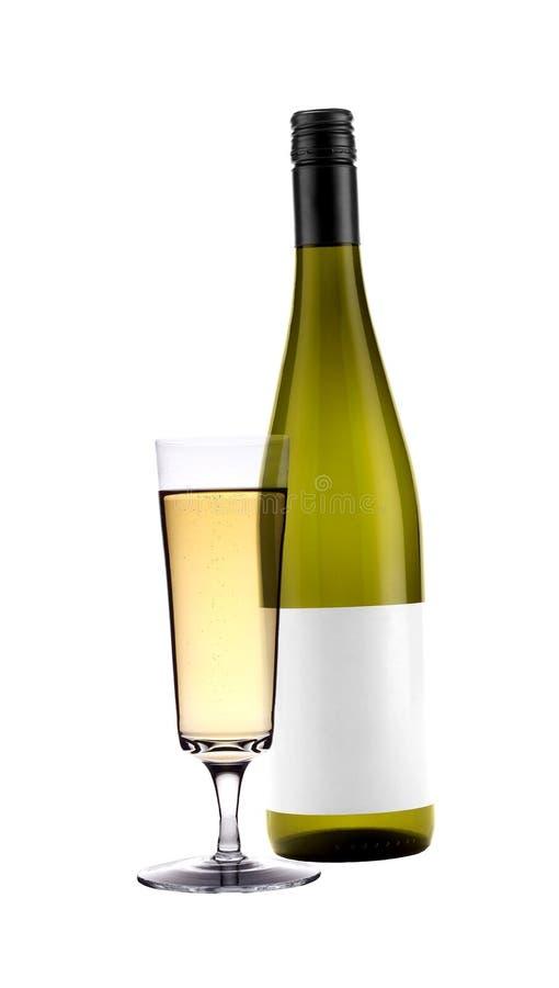 Voller Weißweinglasbecher und -flasche stockfotos