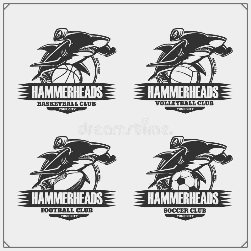 Volleyball, basket-ball, football et logos et labels du football Emblèmes de club de sport avec le requin de poisson-marteau illustration de vecteur