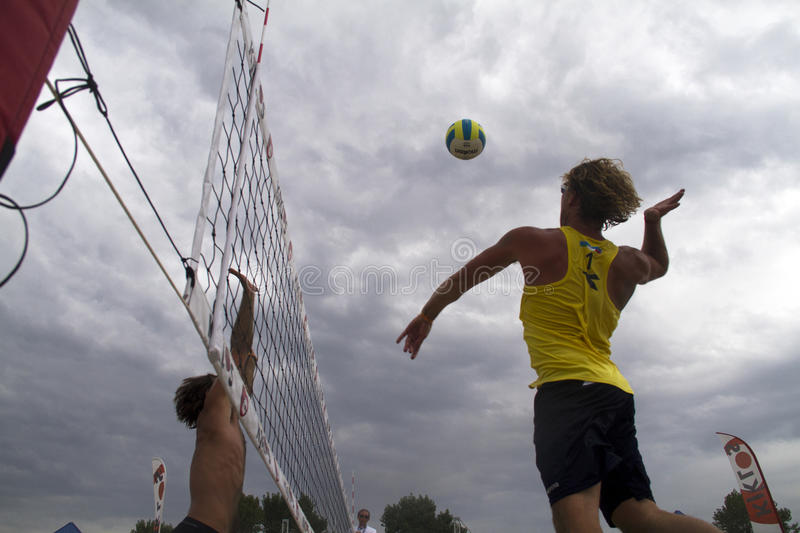 Volleyball de plage image stock