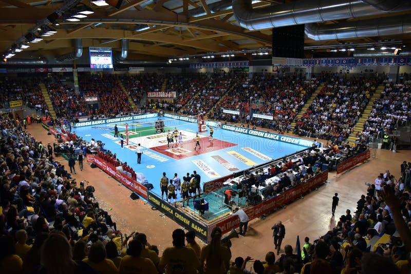 Volleyball Italina SupercMen Cucine Lube Civitanova vs Modena Volley royaltyfri foto