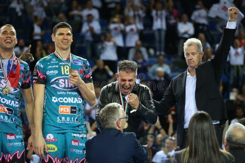 Volleyball Italina Supercmen Finals - Sir Safety Perugia mot Modena Volley fotografering för bildbyråer