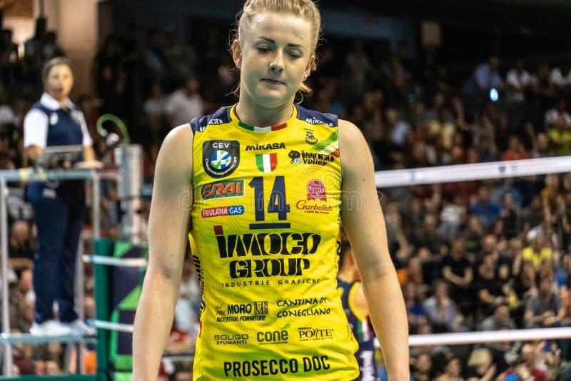 Volleyballspieler Joanna Wolosz stockfotografie