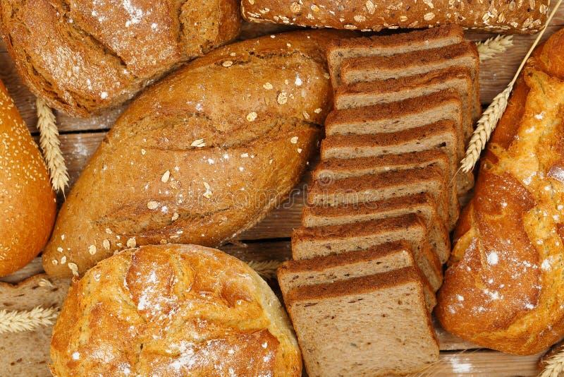 Vollweizen bread lizenzfreie stockbilder