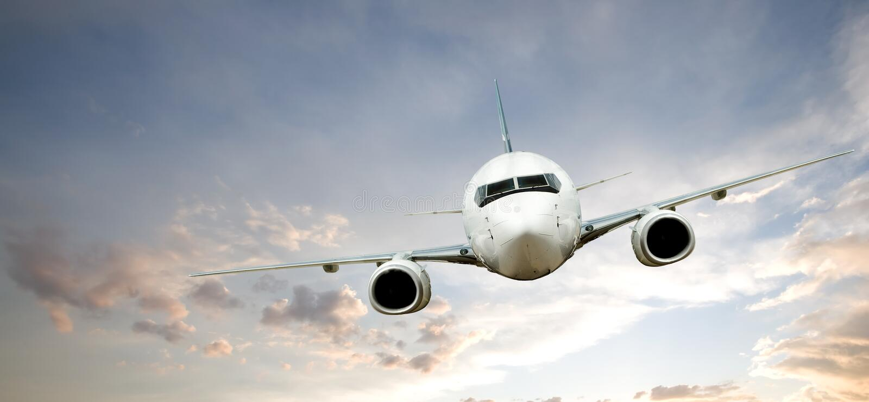 Volo dell'aeroplano immagini stock