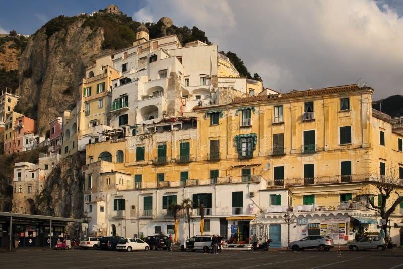 Volo dell'uccello - 1 Amalfi Campania L'Italia immagini stock