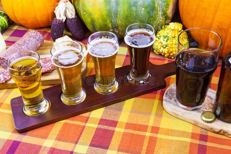 Volo della birra immagine stock libera da diritti