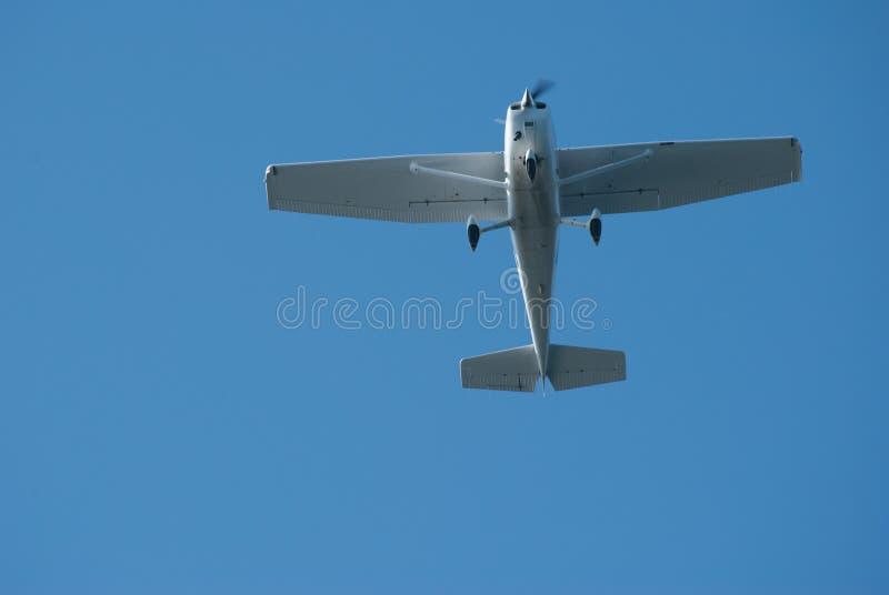 Volo piano del Cessna sopraelevato immagine stock libera da diritti