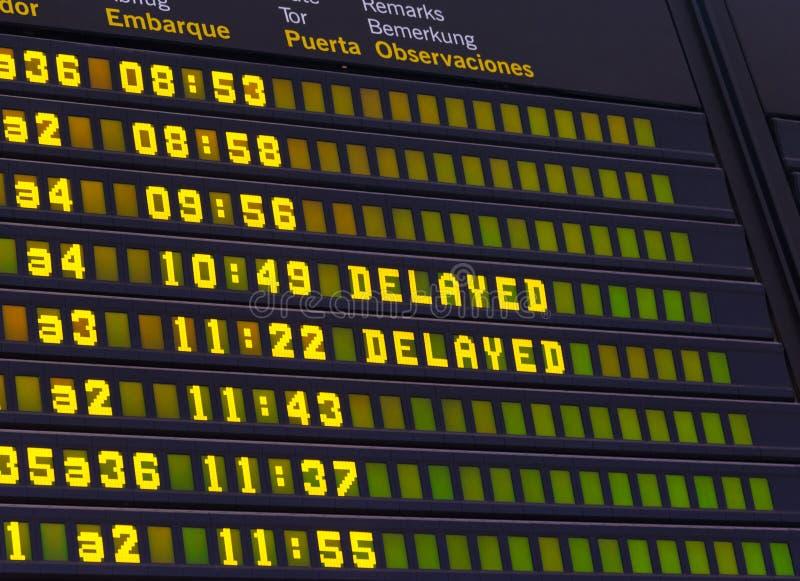 Volo in ritardo insegna di programma dell'aeroporto fotografie stock