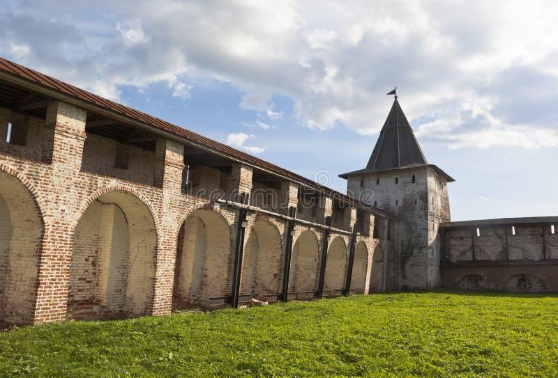 Download Vologda För Svitochnaya TornKirillo-Belozersky Kloster Region, Ryssland Redaktionell Arkivfoto - Bild av landmark, södra: 76703018