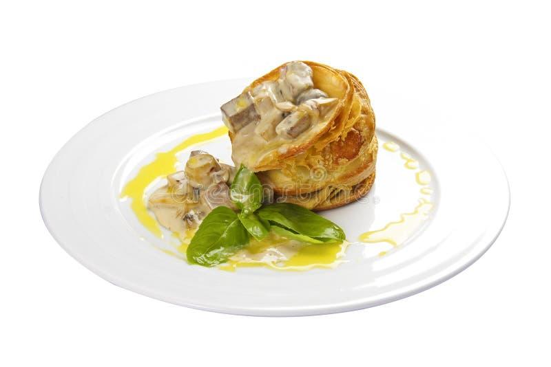 Volovan ist ein wohlschmeckender Imbiss Ein traditioneller französischer Teller stockfotografie