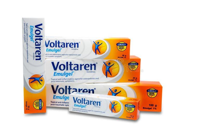 Voltaren Emulgel gel para anti-inflamatório tópico, osteodistrofia do diclofenac de 1%, sintomas cargo-traumáticos imagens de stock royalty free
