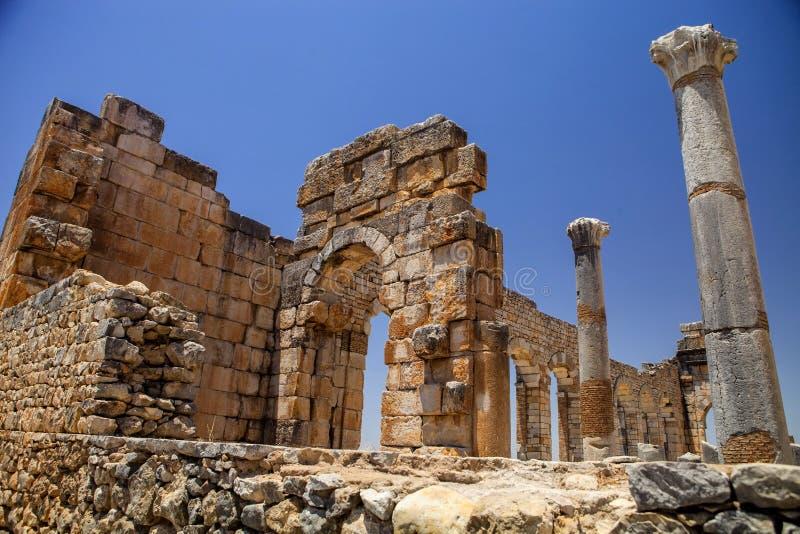Volubilis jest Romańskim miastem w Maroko lokalizował blisko Meknes obraz royalty free