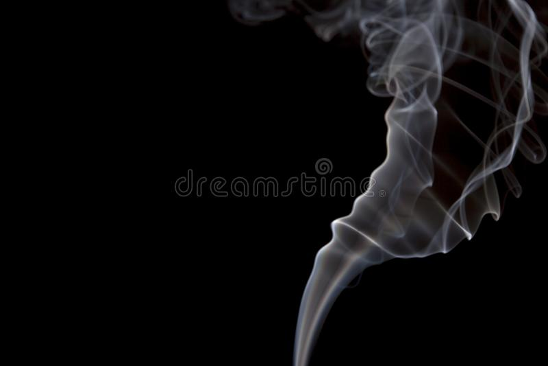 Volutes o tirones del humo fotos de archivo libres de regalías