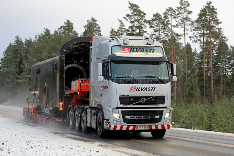 Volvo FH Semi Special Transport In Winter Editorial Image - Image: 84709960