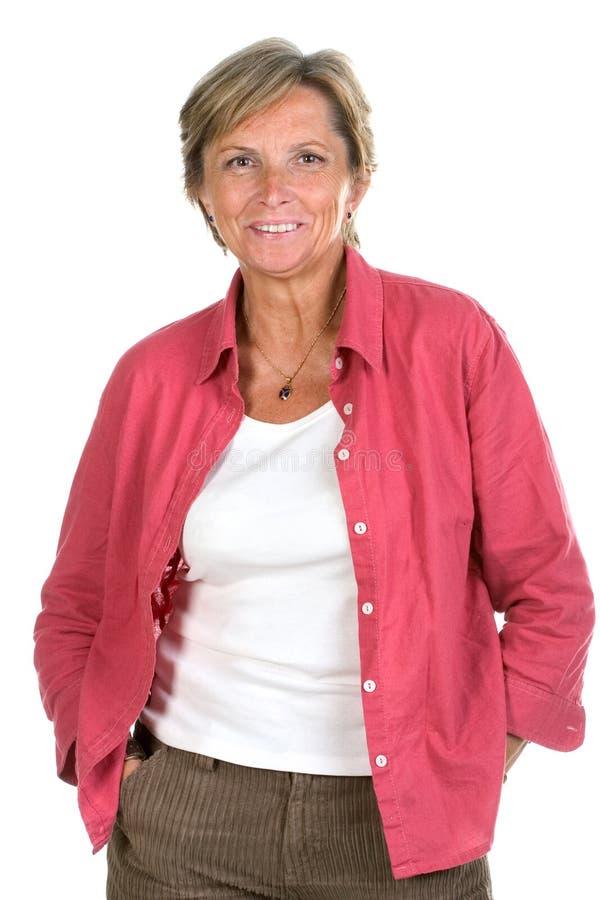 Von mittlerem Alter Frauenlächeln stockfoto