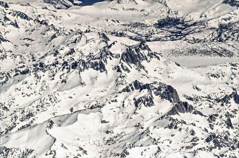 Voo sobre montanhas rochosas de Colorado fotografia de stock royalty free