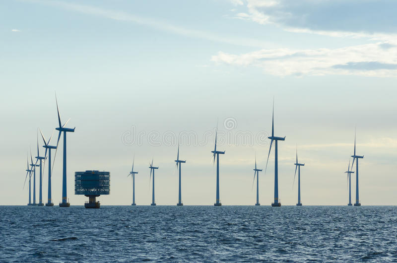 Voor de kust windfarm Lillgrund stock foto