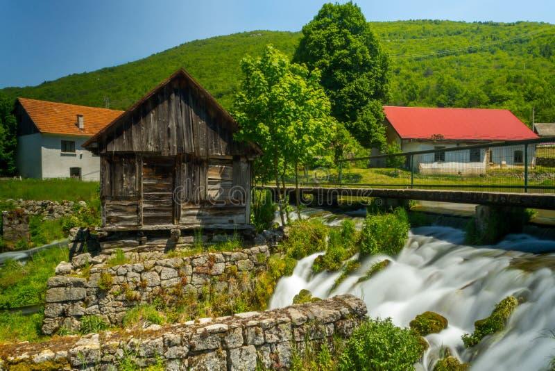 Voor Gacka-rivier, Kroatië royalty-vrije stock fotografie