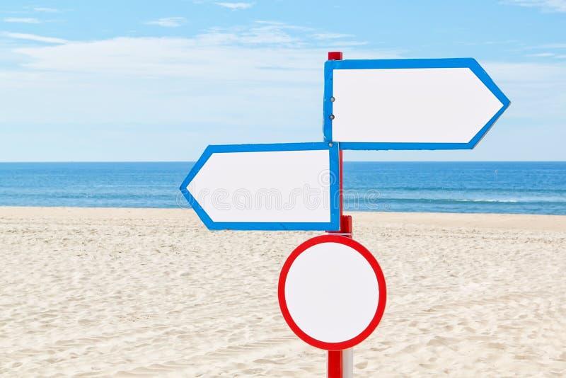 Voor het strand, het teken voor mededeling. royalty-vrije stock afbeelding