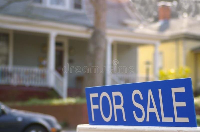 Voor verkoopteken stock foto's