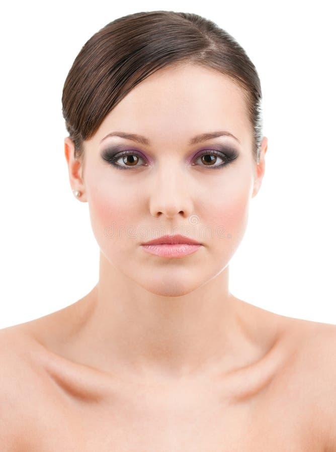 Vooraanzicht van mooie vrouw met make-up stock afbeelding