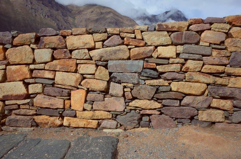 Voorbeeld van Inca-metselwerk bij de Ollantaytambo-ruïnes royalty-vrije stock fotografie