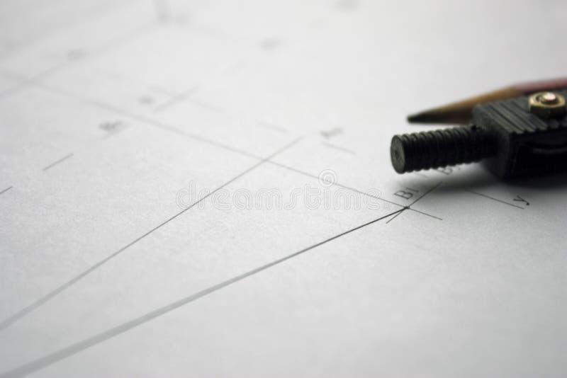 Voorbereiding voor het opstellen van documenten, tekeningen, hulpmiddelen en diagrammen op de lijst royalty-vrije stock foto
