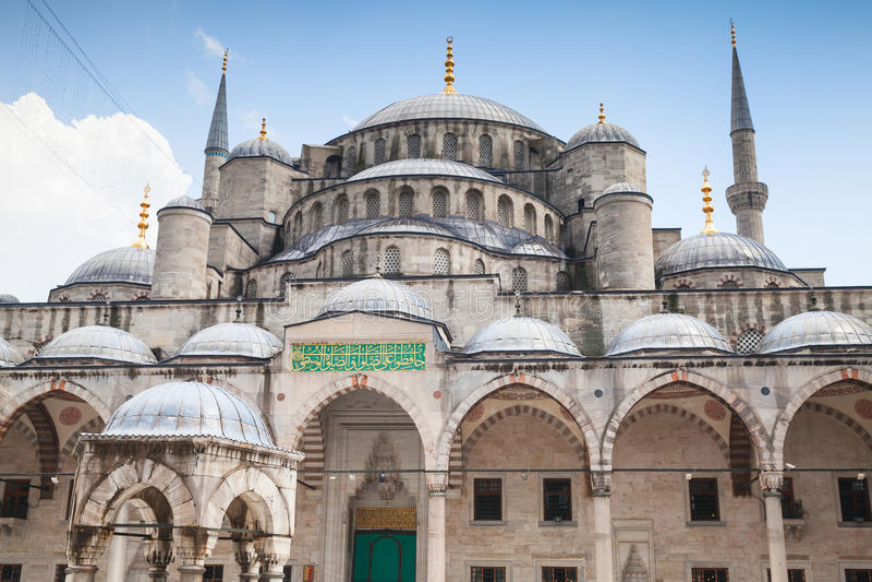 Voorgevel van Blauw Moskee of Sultan Ahmed stock fotografie