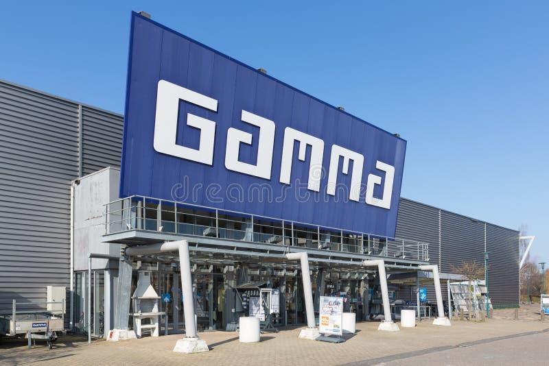 Voorgevel van de Gamma van de bouwmarkt met de bouw van hulpmiddelen en materiaal royalty-vrije stock afbeelding