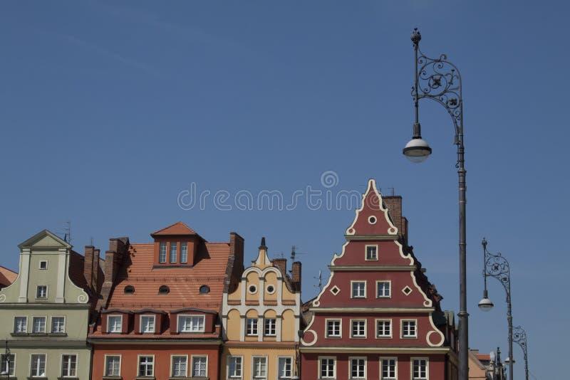 Voorgevel van de historische bouw in stadscentrum van Wroclaw, Polen royalty-vrije stock fotografie