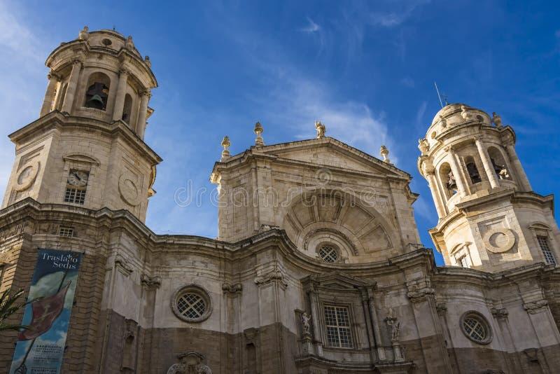 Voorgevel van de Kathedraal van Cadiz stock foto's