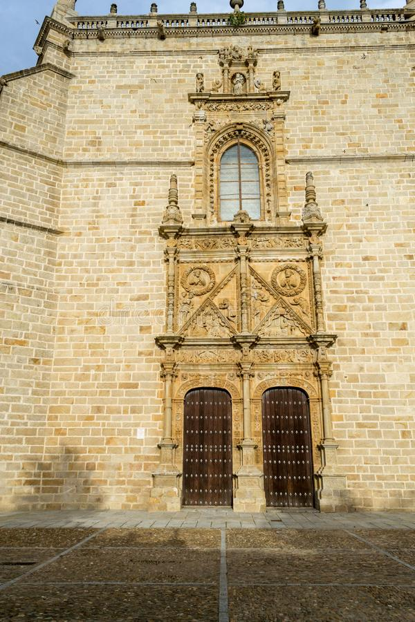 Voorgevel van de Kathedraal van Lederhuid (Spanje stock fotografie
