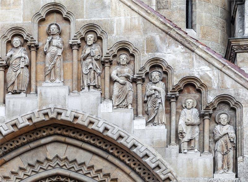 Voorgevel van Jak Church in Boedapest stock afbeeldingen