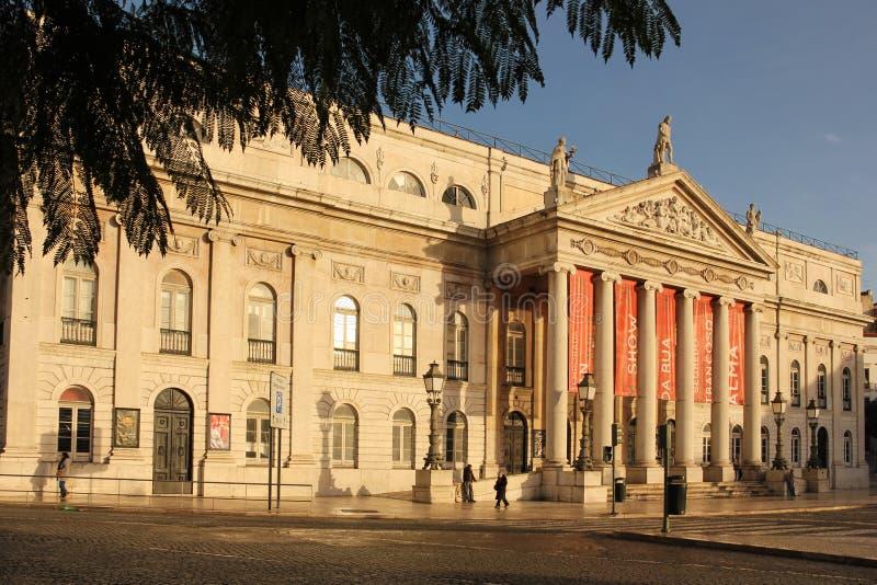 Voorgevel van Nationale Teather. Lissabon. Portugal stock afbeelding