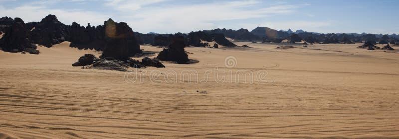 Voorhistorische Rotstekeningen in de libian woestijn van de Sahara stock afbeelding